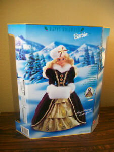 1996  Happy Holiday Barbie  COLLECTABLE MINT CONDITION London Ontario image 2