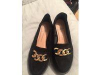 Size 3 Smart black shoes