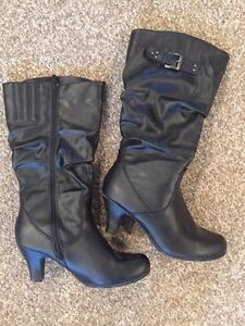 Ladies size 10 boots