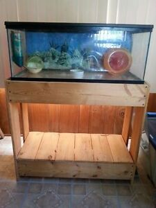 Small animal/reptile tank stand