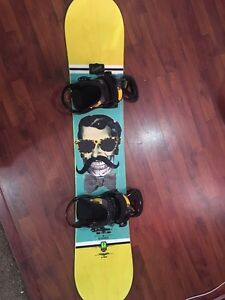 Snowboard + bindings in great condition!