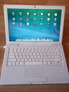 Macbook blanc en excellent etat