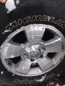 4Runner Wheels and Tires 17 inch / Michelin LTX At2 X5