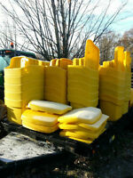 salt bins , sand bins , boxes containers, tailgate salt spreader