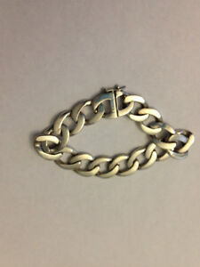 Women\s Tiffany Style Solid Silver Chunky Chain Bracelet North Shore Greater Vancouver Area image 1
