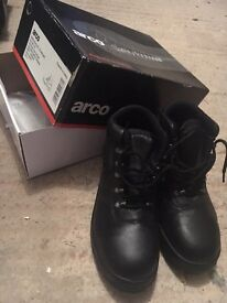 NEW Black leather safety boots!