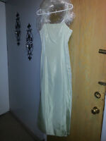 Ladies Size 12, Light Green basic gown