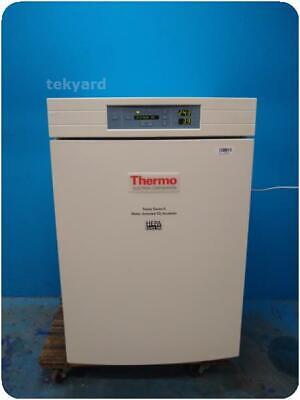 Thermo Electron Forma Series Ii 3110 Hepa Water Jacketed Co2 Incubator 252061