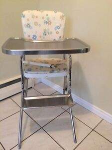 Vintage high chair London Ontario image 1