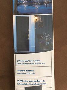 White LED Christmas holiday lawn lights/lighted branches picks Oakville / Halton Region Toronto (GTA) image 3
