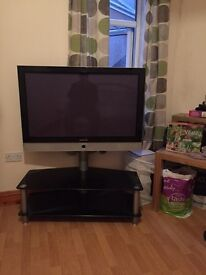 40inch Tv with stand