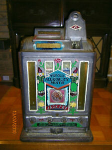WANTED :Antique old slot machines:  Working or non working ! London Ontario image 1
