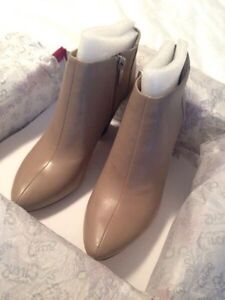 BNIB Sam Edelman beige booties ($150 in store) ***reduced! Strathcona County Edmonton Area image 3