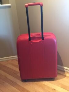 """High Quality """"Delsey Axial"""" hard case suitcase  Strathcona County Edmonton Area image 2"""