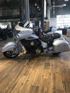 2018 Indian Motorcycle Chieftain Classic ABS Star Silver Smoke