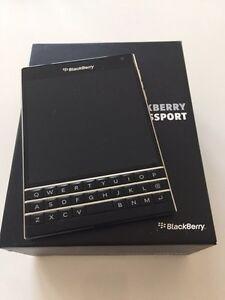 BlackBerry Passport (Rogers)