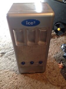 Mini pop can or beer can vending machine $80