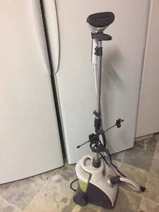 Clothing steam cleaner. Armadale Armadale Area Preview