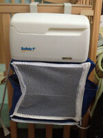 Safety 1st Wipes Warmer with Diaper Organizer