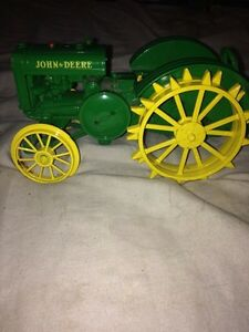 John Deere full metal toy Cambridge Kitchener Area image 3