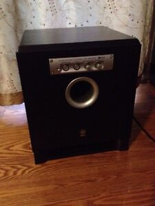 Yamaha Powered Subwoofer Belleville Belleville Area image 1