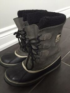Sorel boots ladies size 8 (fits like a 9)