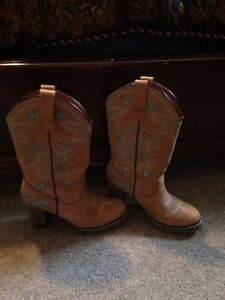Women's cowgirl heel boots St. John's Newfoundland image 1