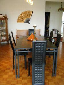 Luminaire salle a manger salle manger cuisine dans for Kijiji montreal table de salle a manger en melamine blanc