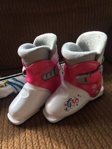 Girls ski boots and skis size 18.5