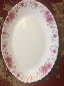 32 pieces dinner set for sale brand new