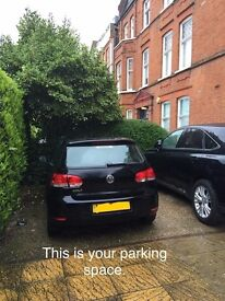 Driveway space near South and West Hampstead Stations (ID 4137)