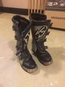 FLY 805 motocross boots size 7