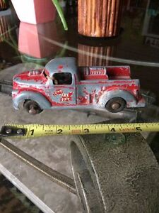 Old Vintage Metal Fire Truck London Ontario Fire Department Stratford Kitchener Area image 2