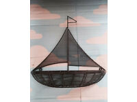 Quality wall mounting mesh boat shelf, immaculate, quick sale at only £10, Costs £45