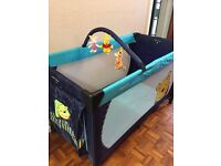 Whinnies the Pooh Travel cot