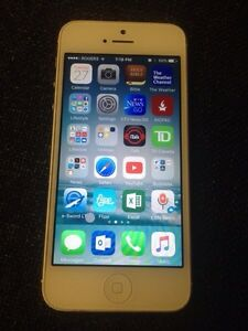 iPhone 5 64gb Rogers & Fido