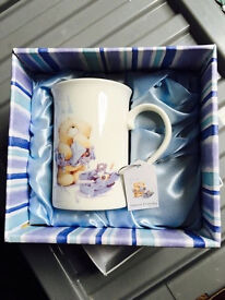 A brand new mug with its original decorative box, quick sale at only £5,can be used as a nice gift