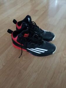 Men's Size 7 Adidas Basketball Sneakers