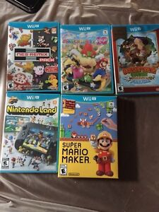 Wii U games and controllers