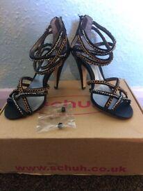 Brand new heels size 3