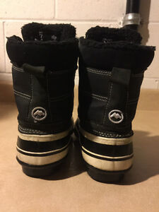 Women's Nival Winter Boots Size 7.5 London Ontario image 3