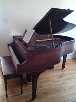Beautiful Heintzman Grand Piano - Burled walnut finish