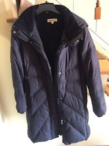 Fashionable and warm women's down winter coat West Island Greater Montréal image 3