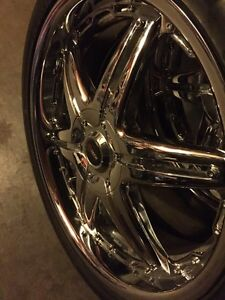 """^^** BEAUTIFUL FLAWLESS 20"""" CHROME RIMS MINT CONDITION"""