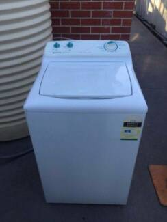 great working 4.5 kg heavy duty simpson top washing machine, can