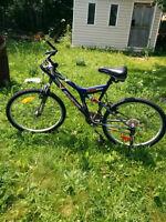 super de beau et bon bicycle presque pas utilisé Terrebonne