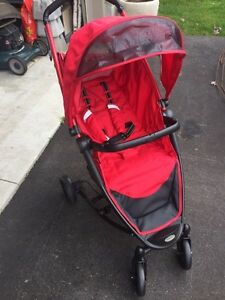 Guzzie and Gus's stroller Kitchener / Waterloo Kitchener Area image 1