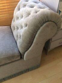 Vintage chaise lounge ottermon
