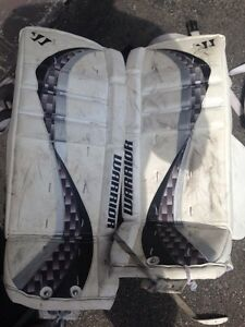 Warrior Swagger 27+1 goalie pads