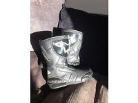 Alpinestars waterproof boots sz8